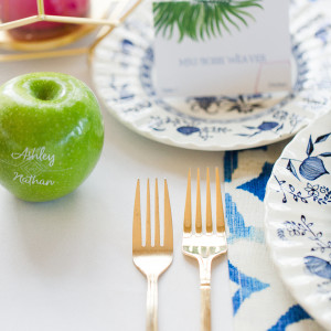 NOVAESPHOTOGRAPHY tablescape with Fun to Eat Fruit