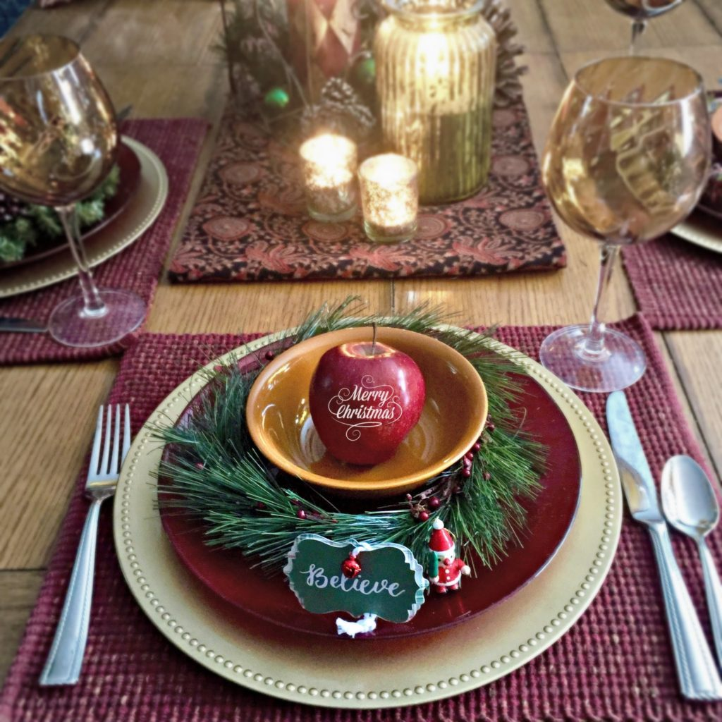 For Christmas! Imagine how pretty and inviting each place setting would be with an edible, decorative saying imprinted on a bright red apple? It's all about decorating with fruit—a fabulous non candy treat! Click to see 9 creative, healthy, non candy treat and favor ideas. As seen on Fun to Eat Fruit www.funtoeatfruit.com #favors #favorideas #monogrammed #Christmasideas #noncandy