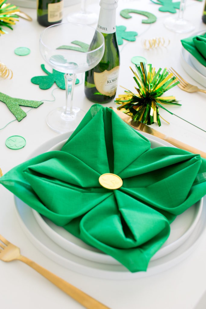 St. Patrick Day Party Ideas Homemade Four Leaf Clovers Napkins Folding